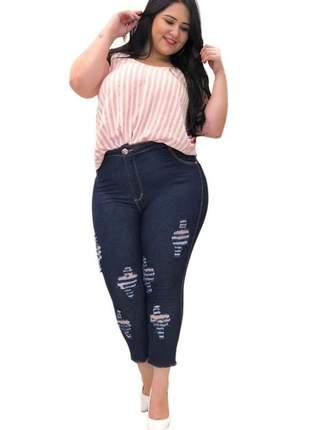 Calça jeans capri escura plus size