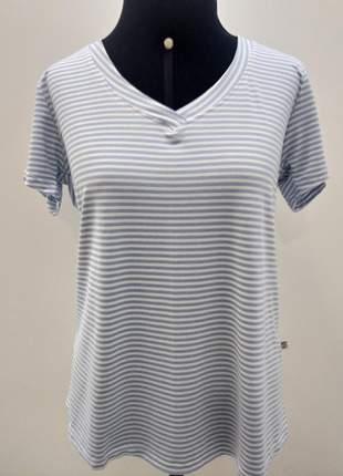 Liquida! t-shirt básica.