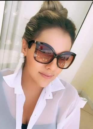 Óculos solar feminino moda atual modelo grande degradê