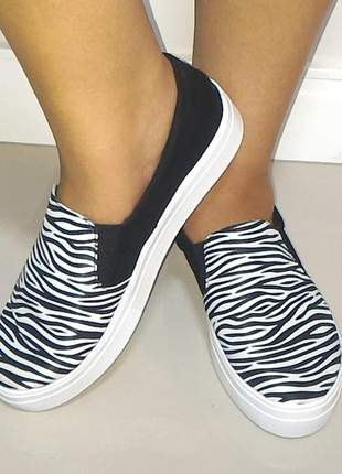 Tenis feminino slip on animal print zebra