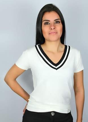 Blusa feminina tshirt decote v com punho