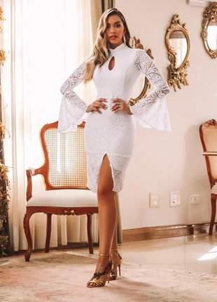 Vestido off white noivado batizado