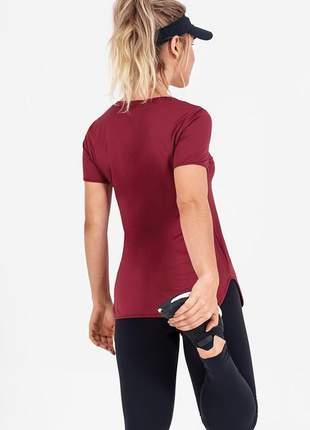 T-shirt alto giro skin fit alongada bordo migs