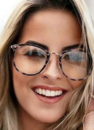 40e0f3d0d Óculos transparente feminino - compre online, ótimos preços | Shafa