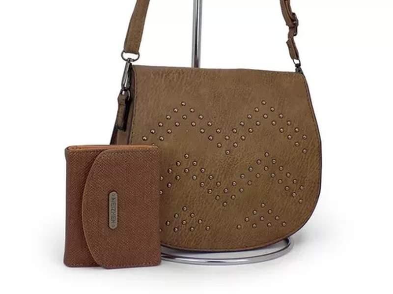 a73a8a0d3 Kit com bolsa transversal + carteira luxo - R$ 59.90 #24326, compre ...
