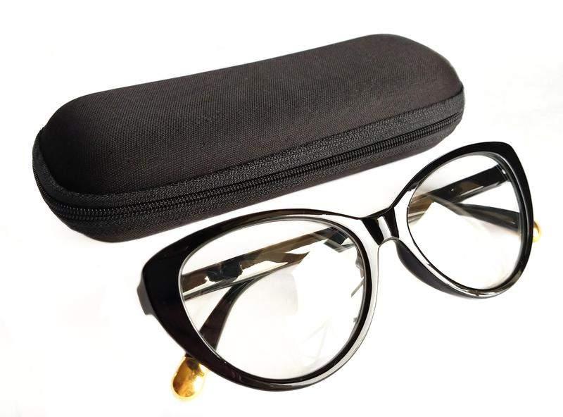 3bc955101 Armação para óculos de grau gatinho cat eye - R$ 79.90 (sem grau ...