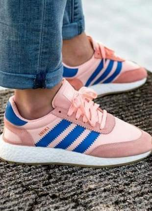Adidas iniki rosa com azul