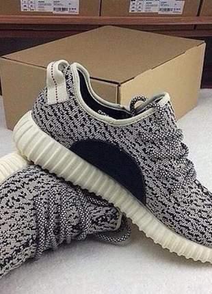 Adidas yeezy mesclado