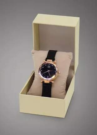 Relógio feminino pulseira magnética - preto/dourado