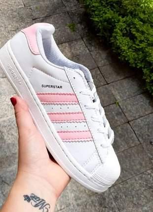 Adidas superstar branco com rosa