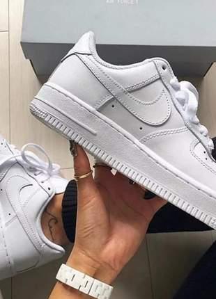Nike air force branco/preto promoção queima estoque