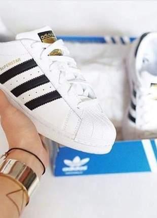 Adidas super star todo em couro