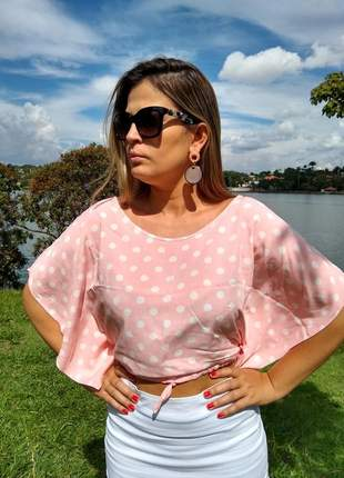 Blusa modelo cropped com estampa de bolinhas - viscose