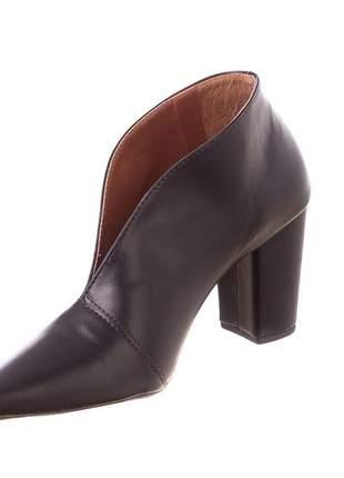 Boot com recorte preto - 6130
