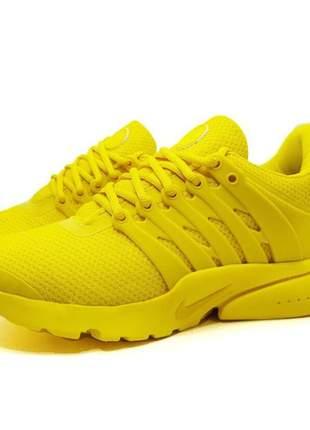 Tênis feminino nike air presto para academia amarelo