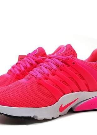Tênis feminino nike air presto para academia pink