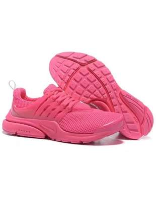 Compartilhar:  tênis feminino nike air presto para academia rosa