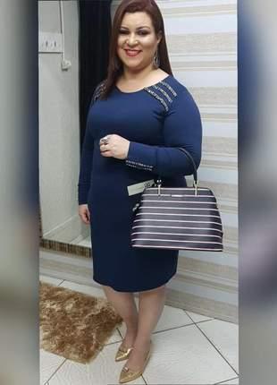 Vestido azul com pedrarias