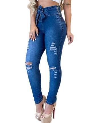 Calça clochard jeans com cinto rasgada laço