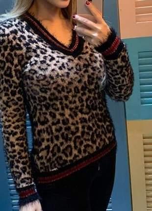 Blusa em tricot com pelinhos, estampa animal print