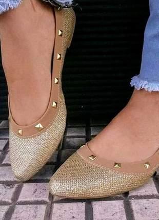 Sapatilha feminina dourada com gliter