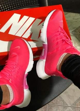 Tênis nike air presto pink