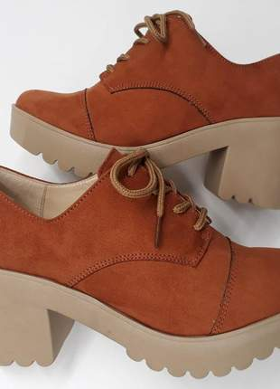 Sapato oxford feminino telha salto grosso tratorado