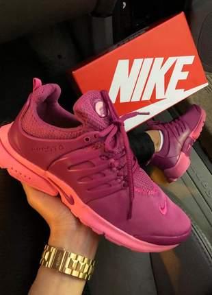 Tênis nike air presto violeta /rosa