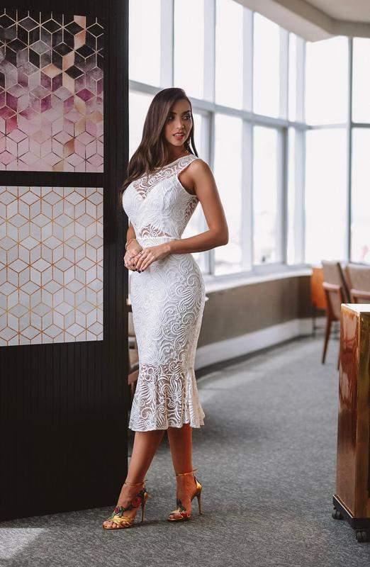 Vestido Midi Branco Renda Noiva Babado Na Barra Decote Nas Costas Lançamento R 14990 Shafa O Melhor Da Moda Feminina