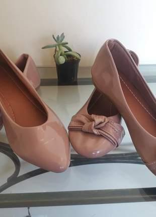 Kit 2 sapatilhas bico fino e redondo