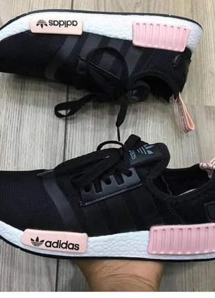 Adidas nmd preto e rosa