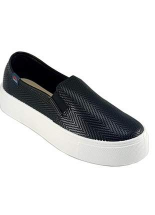 Compartilhar:  tenis casual slip on moleca flatform preto