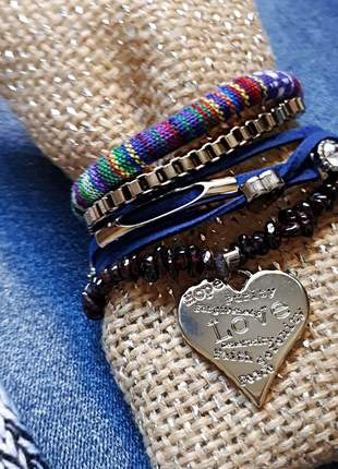Mix de pulseiras estilo boho chic com pedra natural de granada
