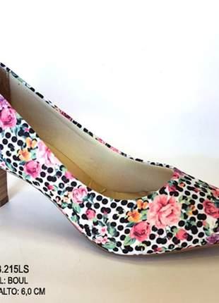 Sapato feminino scarpin estampado salto médio 6cm tendência