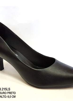 Sapato feminino scarpin couro preto salto médio 6cm - luxo