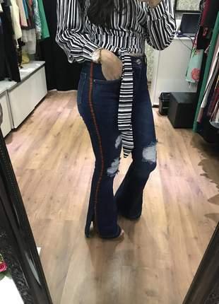 Calça jeans flare faixa