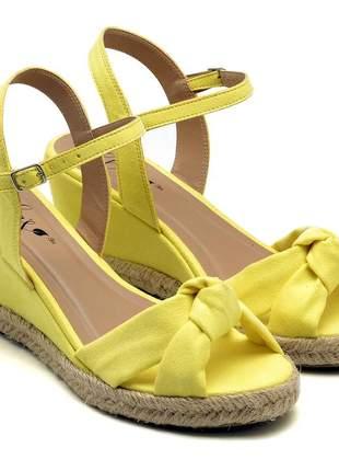 Sandália anabela feminina nó amarela salto baixo corda