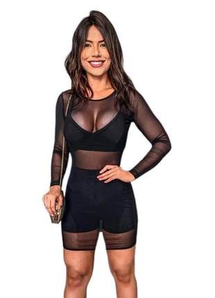 Vestido de tule + cropped + short