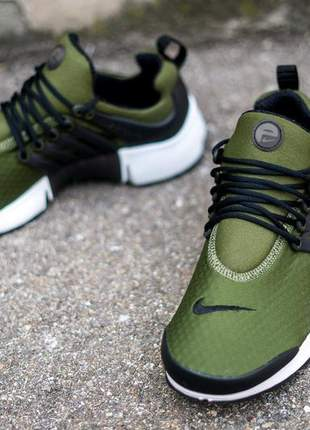 Tênis nike air presto green