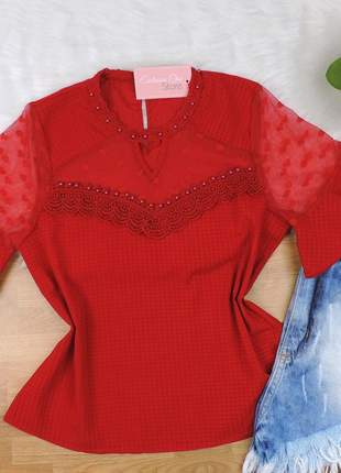 Blusa pedraria detalhe tule vermelha bs059