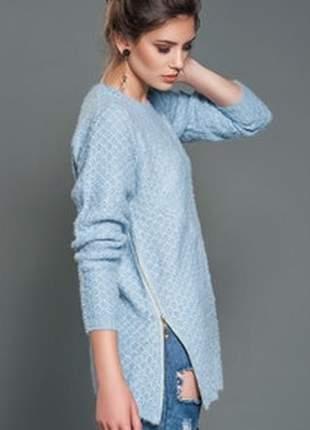 Blusa trico zíper lateral azul céu maxi pool tricô iozi
