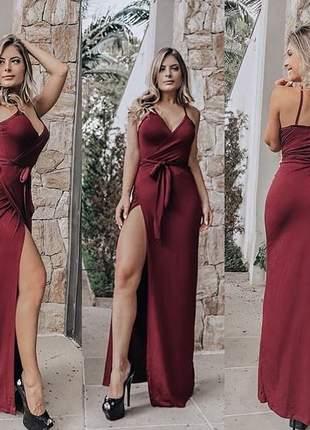 Vestido feminino longo fenda