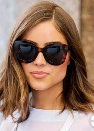 Óculos de sol de grife feminino marca famosa estiloso