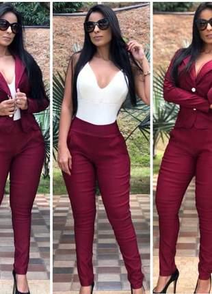 Conjunto social feminino blazer e calça social
