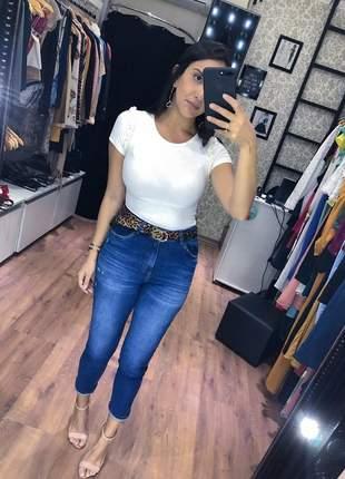 Calça jeans skinny lenço