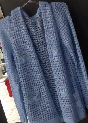 Casaco de linha tricô e lurex estilo chanel