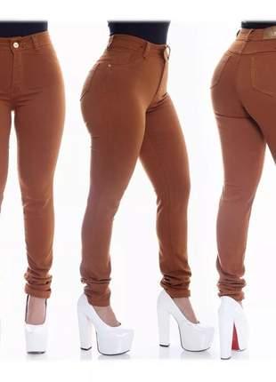 Calça jeans feminina hot pants cintura alta com lycra