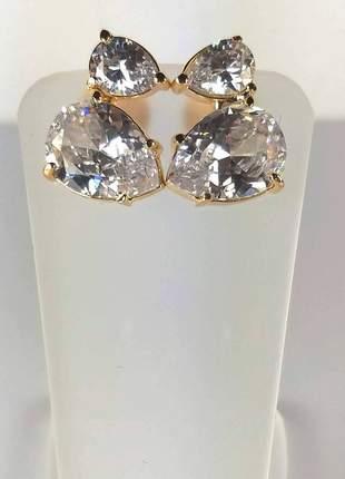 Brinco semijoia gazin dourado gotas cristais brancos