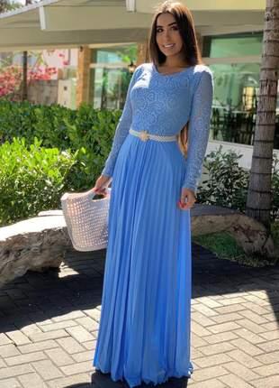 Vestido longo plissado com cinto de pérolas