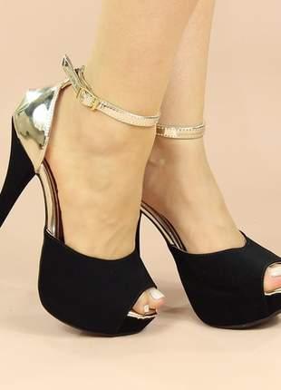 Sandália meia pata salto fino